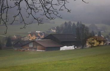 Eschlikon cabin in hills