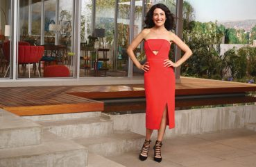 lisa edelstein in red dress
