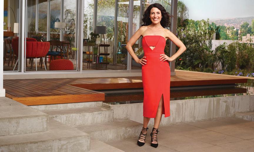 lisa edelstein in red dress