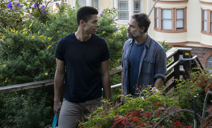 Murray Bartlett as Mouse and his boyfriend Ben played by Charlie Barnett