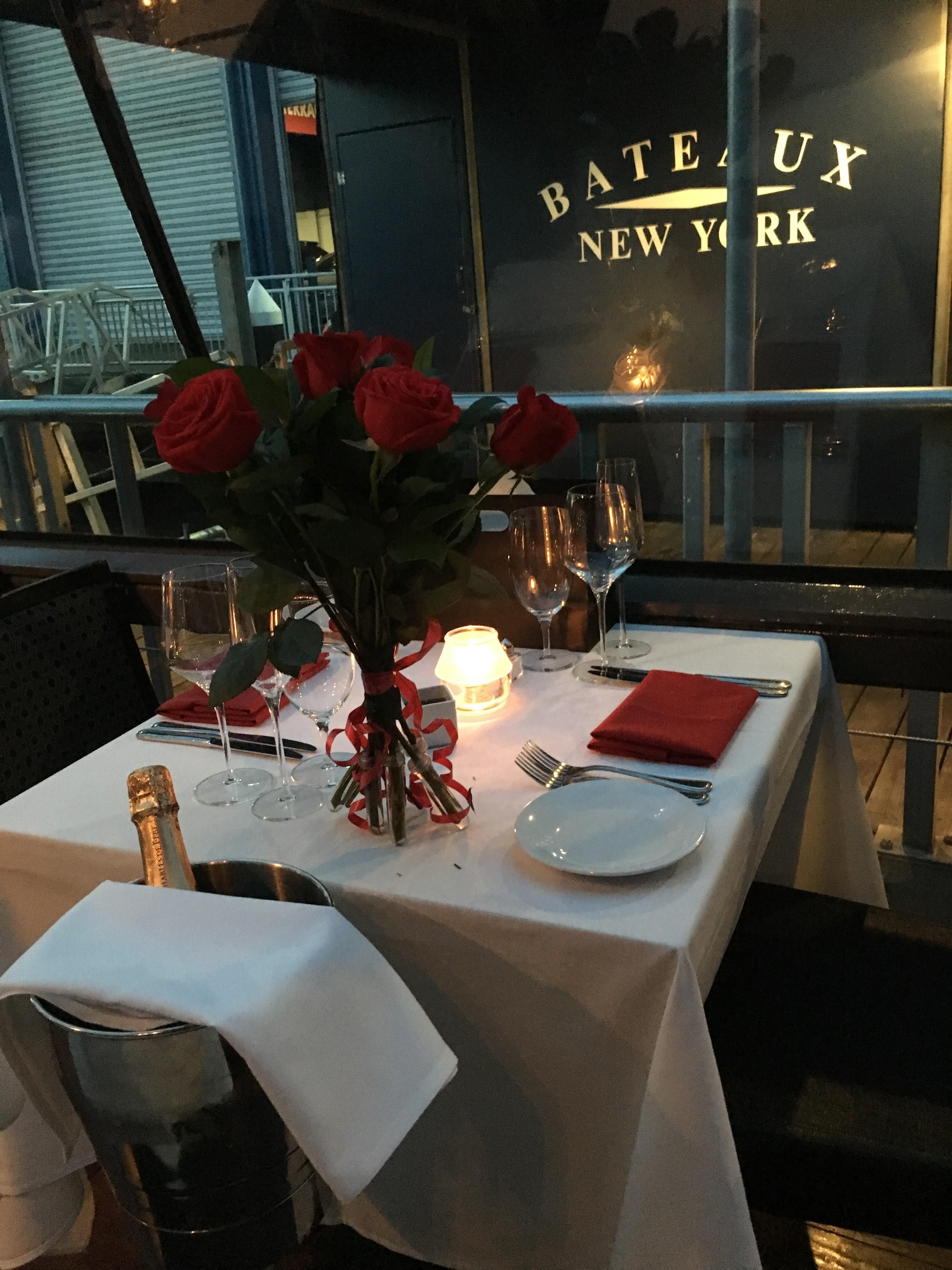 Bateaux New York Valentine S Dinner Cruises
